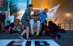 """Aktionstraining """"Kein Geld für Kohle, Öl und Gas"""""""