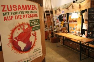 [:de]Globaler Klimastreik 20.9.: Treffpunkt im Baumhaus[:en]Global Climate Strike 20.9.: Meeting Point @Baumhaus[:]